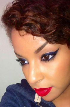 Beautiful blue eyes ....love this navy indigoish eyeliner.