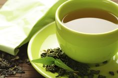 24 natural weapons that fight belly fat -Green tea helps banish stomach bloating as well as keeps you hydrated. Instead of sweetening it with sugar, try honey or even better, lemon and ginger. (and stay away from sparkling water - bloating)