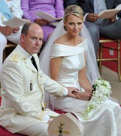 Le mariage  prince Albert II de Monaco et de Charlène Wittstock a eu lieu le 2 juillet 2011 à Monaco