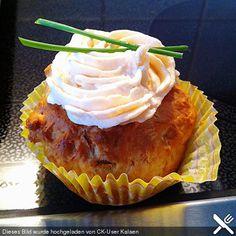 Frühlingszwiebel-Cupcakes mit Räucherlachs-Topping, ein raffiniertes Rezept aus der Kategorie Kuchen. Bewertungen: 16. Durchschnitt: Ø 4,1.