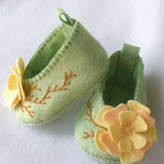 Felt Baby Booties Hand Stitched Pale Green Peach and Yellow Flower Blossoms.