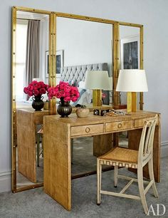 Place desk/vanity in front of tri-fold mirror for added drama and function