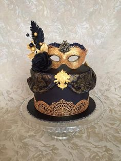 Black& Gold Masquerade cake by Layla A