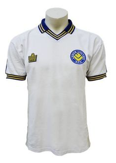 cdbd5397ae4 Vintage Leeds United Shirts from 1972 Football Uniforms