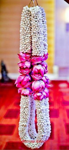 Flower garlands for indian weddings wedding decorations wedding garland flower garland wedding wedding garlands . flower garlands for indian Flower Garland Wedding, Flower Garlands, Flower Decorations, Wedding Garlands, Wedding Garland Indian, Indian Wedding Flowers, Flower Centerpieces, Wedding Hall Decorations, Marriage Decoration