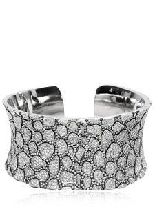 White diamond bracelet by Hellmuth Old Jewelry, Jewelry Box, Jewelery, Jewelry Making, Cuff Bracelets, Bangles, Fashion Accessories, Fashion Jewelry, Luxury Shop