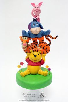 Winnie the Pooh & Friends - Cake by D Cake Creations™