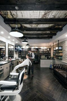 Vintage Interior Design Masculine Mens Barber Shop Designs - Discover slick haircut and hairstyle vibes with the top 80 best barber shop design ideas. Barber Shop Interior, Barber Shop Decor, Hair Salon Interior, Salon Interior Design, Vintage Interior Design, Interior Decorating, Interior Ideas, Design Shop, Spa Design