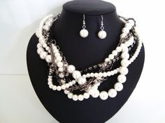 ChunKy TwisTed WhiTe FaUx PeaRls DiaManTe & BlaCk ChaiNs NecklAce & EaRRing SeT in Jewellery & Watches, Costume Jewellery, Sets | eBay