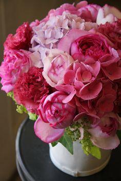 rose,eustoma and hydrangea
