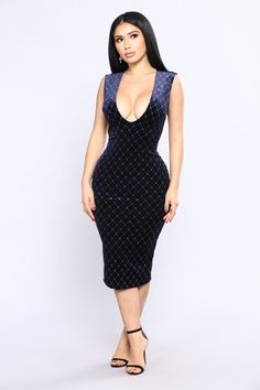 https://www.fashionnova.com/collections/dresses/products/that-spark-velvet-dress-navy