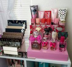 Diy Makeup Vanity Organization Perfume Ideas For 2019 Organizer Makeup, Perfume Organization, Vanity Organization, Perfume Storage, Organization Ideas, Rangement Makeup, Diy Makeup Vanity, Makeup Kit, Makeup Vanities