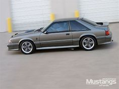 Check out Jim Buehler's 1988 Mustang Fox GT featuring an Ford Racing crate engine and a FRPP 347 stroker kit. More details and photos only in Modified Mustangs & Fords Ford Mustang Fox Body, 93 Mustang, Mustang Engine, Mustang Hatchback, Ford Lincoln Mercury, Pony Car, Ford Motor Company, Hot Cars, Custom Cars