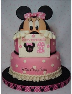 I made this cake for my granddaughter's Minnie themed birthday party. Bottom tier French vanilla with Peggy Does Cake's crusting buttercream recipe for the filling (yummy). Minnie's head made. Minni Mouse Cake, Mickey Mouse, Minnie Cake, Minnie Mouse Birthday Theme, Pink Birthday Cakes, 2nd Birthday, Birthday Ideas, Fancy Cakes, Cute Cakes