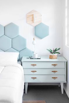 + bedroom Trendy Small Master Bedroom Modern Headboards Benefits Of A Heated Driveway F Small Master Bedroom, Home Bedroom, Bedroom Decor, Cool Headboards, Modern Headboard, Couple Room, Small Bedroom Designs, Modern Room, Bedroom Modern