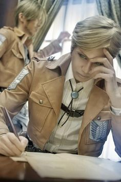 Anime Cosplay Erwin Smith (Attack on Titan) by an karei - WorldCosplay Aot Cosplay, Cosplay Boy, Epic Cosplay, Amazing Cosplay, Cosplay Outfits, Cosplay Costumes, Ereri, Armin, Cosplay Tutorial