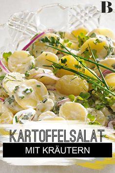 Kräuter-Kartoffelsalat. Der Kräuter-Kartoffelsalat ist ein Grillsalat, wie er im Buche steht: Besonders lecker und erfrischend wird er dank Kartoffeln und Sylter Dressing. #kartoffeln #kräuter #salat Dinner Today, Potato Salad, Benefit, Salads, Potatoes, Chicken, Ethnic Recipes, Food, Potato