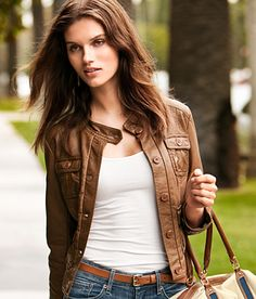 Great leather jacket! Casual yet chic!