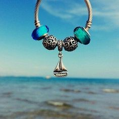 Where do you wear your ‪#‎pandora‬ bracelet? Source || Pinterest ‪#‎jewelry‬ ‪#‎travel‬ ‪#‎beauty‬