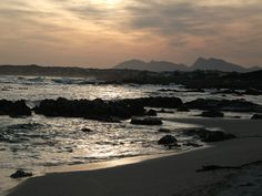Hermanus How To Be A Happy Person, Kwazulu Natal, African Countries, Sunsets, Places Ive Been, South Africa, Southern, Relax, Happiness