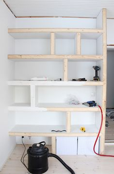 Ahhh the solution to my no closet bedroom!