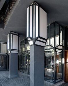 Since 1998 the Web Atlas of Contemporary Architecture Futuristic Architecture, Contemporary Architecture, Architecture Details, Ricardo Bofill, Apartment Complexes, Best Interior, Ground Floor, Facade, Brick