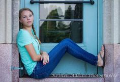 Senior Photo Pose