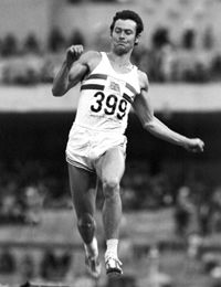 Lynn Davies Wales & GB won the Lifetime Achievement award at the BBC .Olympic gold in the long jump 1964 Tokyo. Jesse Owens, World Athletics, The Swede, Sports Personality, Long Jump, Lifetime Achievement Award, British Sports, Commonwealth Games, Olympic Athletes