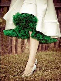 Emerald color inspiration: Tulle ruffles