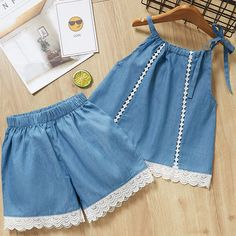 Mädchen Kleidung Sets New Style Sommer Kinder Kleidung Cute Plaid Lace + White Bo . - Kız Çocukları için elbise - Mädchen Kleidung Sets New Style Sommer Kinder Kleidung Cute Plaid Lace + White Bow Short Pants - Baby Outfits, Kids Outfits, Batman Outfits, Rock Outfits, Emo Outfits, Fashion Kids, Fashion Outfits, Baby Girl Fashion, Punk Fashion