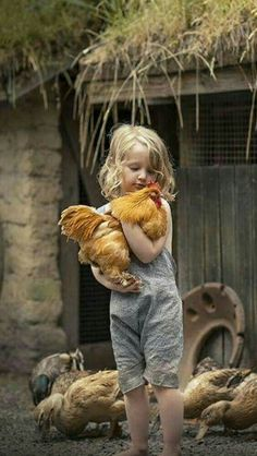 Happy Mother's Day Chrissy When I saw this picture it reminded me of the chickens you had Animals For Kids, Farm Animals, Cute Animals, Precious Children, Beautiful Children, Color Splash, Color Pop, Cute Kids, Cute Babies