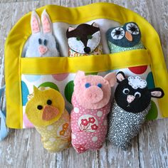 A Happy Song: Quiet Toy: Animals in a Blanket - tutorial.  So cute!