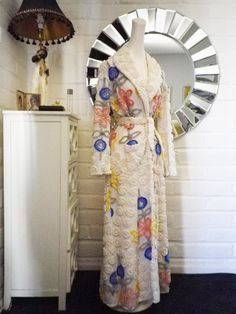 Vintage 50s chenille bathrobe