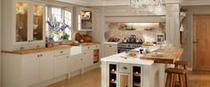Burford Grey Kitchen Range | Kitchen Families | Howdens Joinery