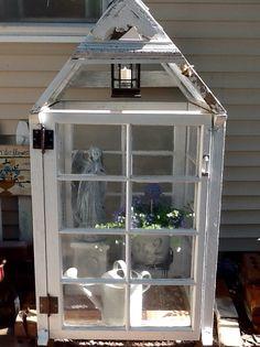 Mini greenhouse from old windows Old Window Greenhouse, Mini Greenhouse, Greenhouse Plans, Vintage Windows, Old Windows, Outdoor Projects, Garden Projects, Garden Windows, Garden Trellis