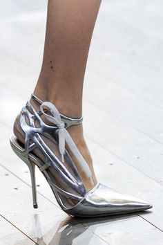 Christian Dior Fashion 2014 | Christian Dior Spring 2014 Paris Fashion Show | R-A-W SHOES BLOG