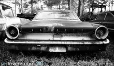 Vintage shoot with rusted car.
