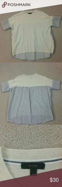 J Crew top J Crew short sleeve. Very thin, perfect for summer! This top has an oversized and super comfortable. Perfect condition. J. Crew Tops Tees - Short Sleeve