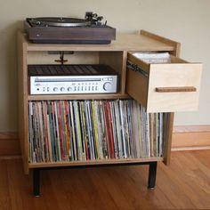 Le Princeton - petit bahut Audio avec vinyle LP et composant stockage