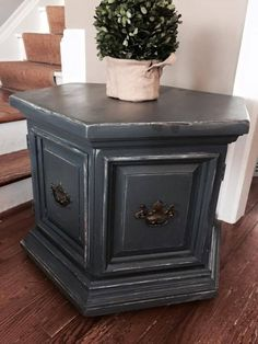 Hexagonal End Table with Storage Solid Wood Slate Chalk Paint. I've inherited this exact table. Painted End Tables, Diy End Tables, Living Room End Tables, End Tables With Storage, Small Tables, Refurbished Furniture, Repurposed Furniture, Furniture Makeover, Refurbished End Tables