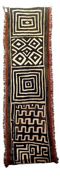 Africa Kuba skirts Tcaka long are cloths made from raffia from the Ngeende Bushoong and Ngongo peoples They incorporate appliqued patches embroidered shapes and patterns. Ethnic Patterns, Textile Patterns, African Patterns, Japanese Patterns, Floral Patterns, African Textiles, African Fabric, Motifs Textiles, Art Africain