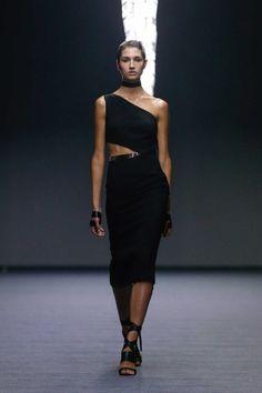All the runway looks from Carla Zampatti: Sydney Australian Fashion Shows Spring/Summer Fashion Show, Fashion Looks, Fashion Design, Style Fashion, Semi Formal Wear, Carla Zampatti, Black Wardrobe, Haute Couture Dresses, Short Dresses