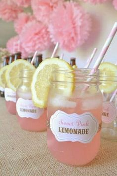 Cute summer picnic/country setting idea
