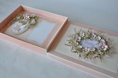 AdaBlog Mini Scrapbook Albums, Mini Albums, Wedding Card Design, Wedding Cards, Paper Cards, Diy Cards, Shabby Chic Cards, Origami Box, Card Tricks