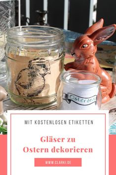 Die kostenlose Anleitung und Vorlagen zum Ausdrucken findest du auf meinem Blog. Frohe Ostern!  #clarki #clarkidiy #kreativ #selbermachen #basteln #bastelnmitkindern #kinderbasteln #diy #selbermachen #ostern #upcycling #ostergeschenk #vase #osterei #geschenk #glas #altglas #kerzen #teelicht #kerzenhalter Diy Ostern, Tableware, Vase, Vintage, Blog, Templates Free, Happy Easter, Decorating, Repurpose