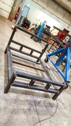 Metal bed frame I made from H. I just need to finish the headbo.Metal bed frame I made from H. I just need to finish the headboard Awesome Metal Projects For beginners Welded Furniture, Iron Furniture, Steel Furniture, Industrial Furniture, Bedroom Furniture, Furniture Ideas, Furniture Design, Cama Industrial, Industrial Bed Frame
