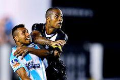 Dedé agradece ao Corinthians e fica no Vasco