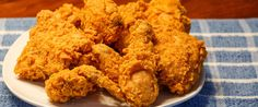 Fried Chicken, que também é chamado de Southern Fried Chickené o famoso frango frito americano, com aquela casquinha crocante, irresistível! Que tal aprender a fazer em casa? Trago para vocês uma …
