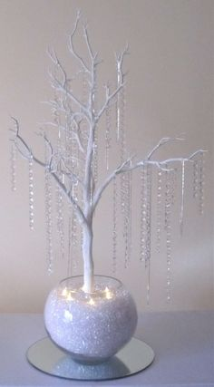 Wishing tree wedding - 50 Ideas craft table display ideas candle holders for 2019 craft Wedding Centerpieces, Wedding Decorations, Table Decorations, Table Centerpieces, Manzanita Centerpiece, Bling Centerpiece, Snowflake Centerpieces, Decor Wedding, Christmas Crafts