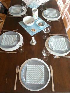 Dampfnudeltestessen - Tischdeko blau weiß chevron Servietten Glasteller